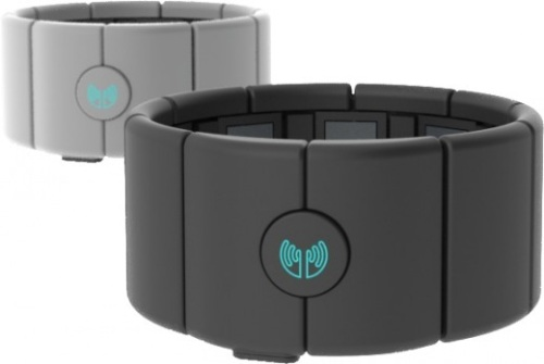 Thalmic-Labs-MYO-armband-two-up